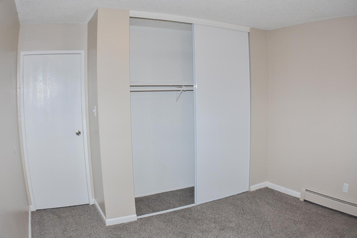 cheap sparks apartment
